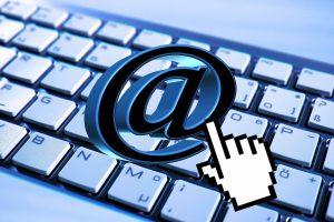 Pflicht zur Herausgabe von E-Mail Adressen durch einen Hausverwalter